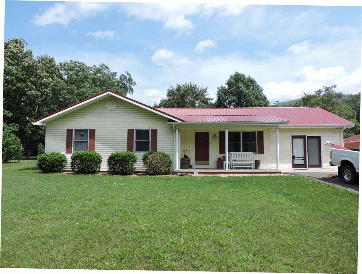 5014  COLD SPRINGS RD, RAPHINE, 24472, VA