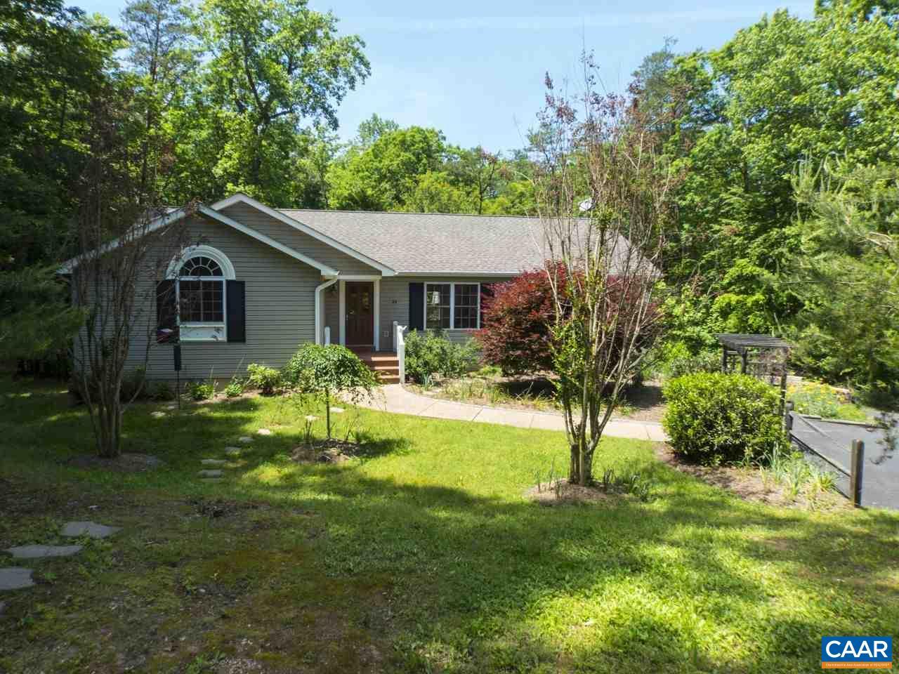 Property for sale at 24 RIVER RIDGE DR, Palmyra,  VA 22963