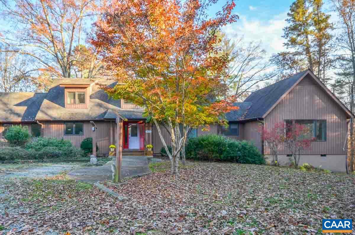 Property for sale at 3025 MECHUM BANKS DR, Charlottesville,  VA 22901