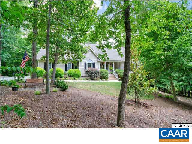 Property for sale at 42 WOODLAWN DR, Palmyra,  VA 22963