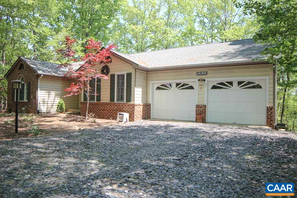 Property for sale at 37 PONDEROSA LN, Palmyra,  VA 22963