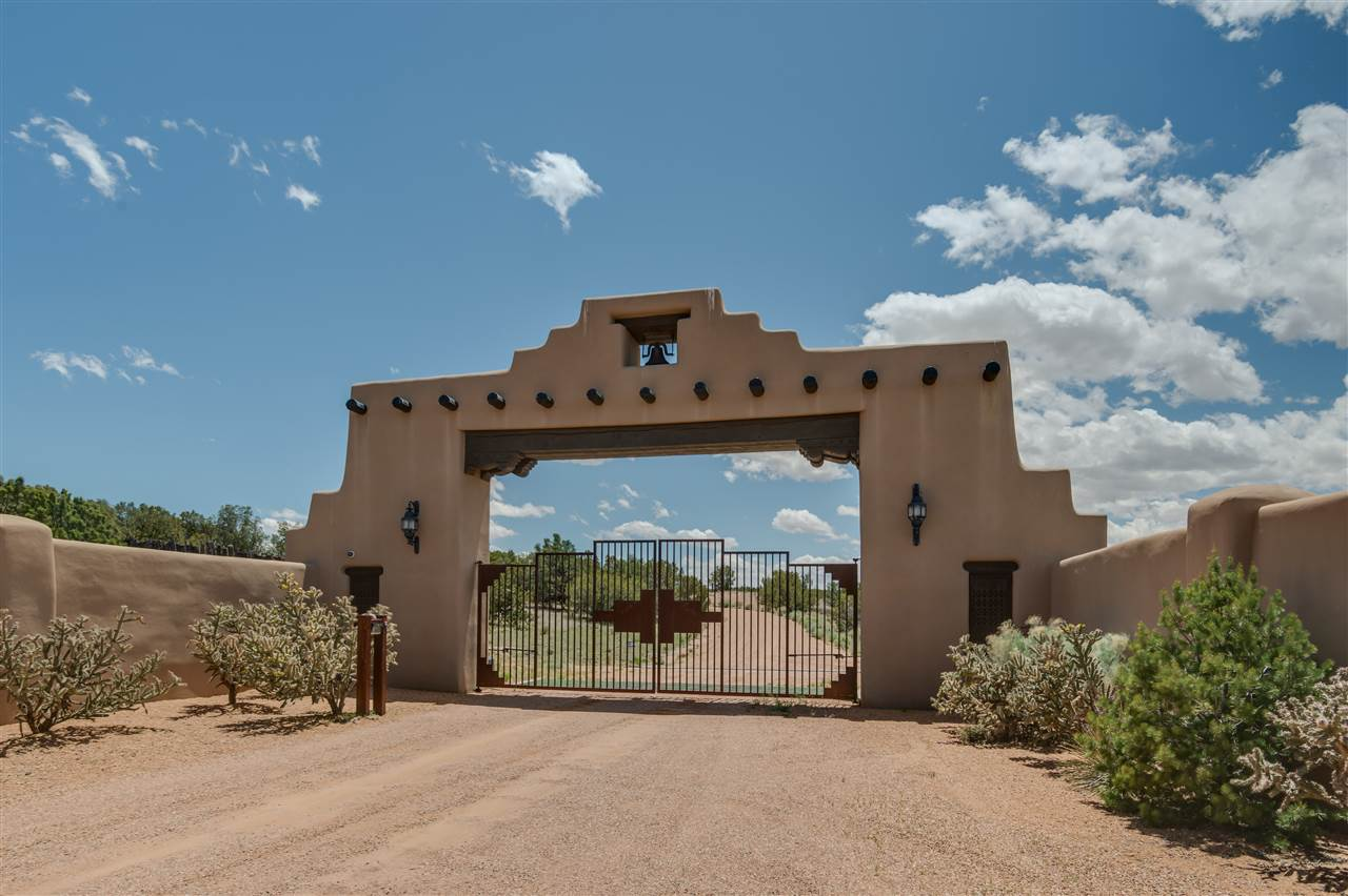 Single Family Home for Sale at 12 Avenida De Rey Santa Fe, New Mexico 87506 United States
