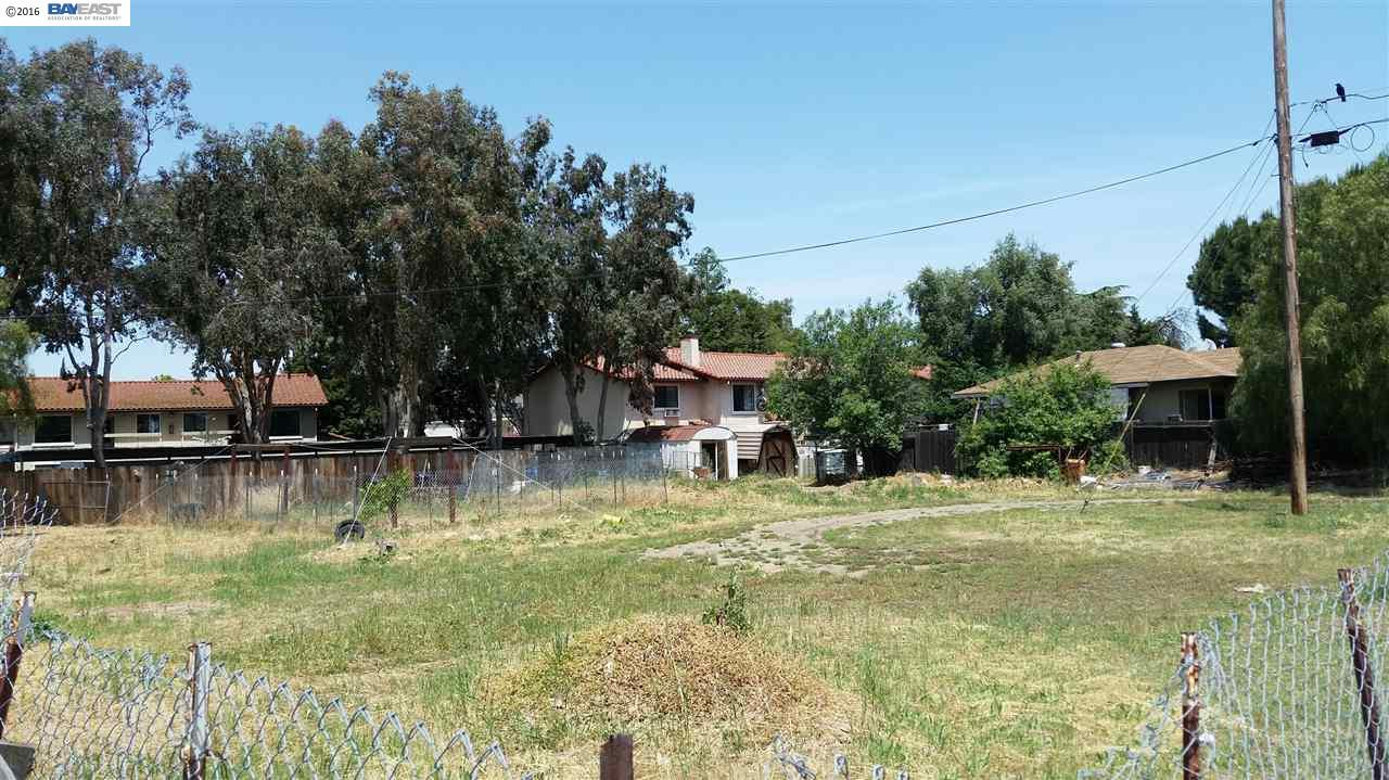 Additional photo for property listing at Pine Street  Livermore, Kalifornien 94551 Vereinigte Staaten