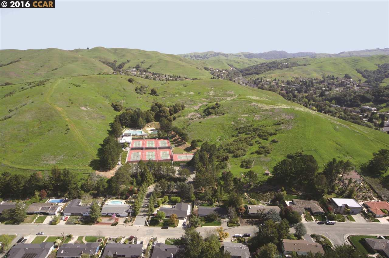 Land for Sale at 1161 LARCH Avenue Moraga, California 94556 United States