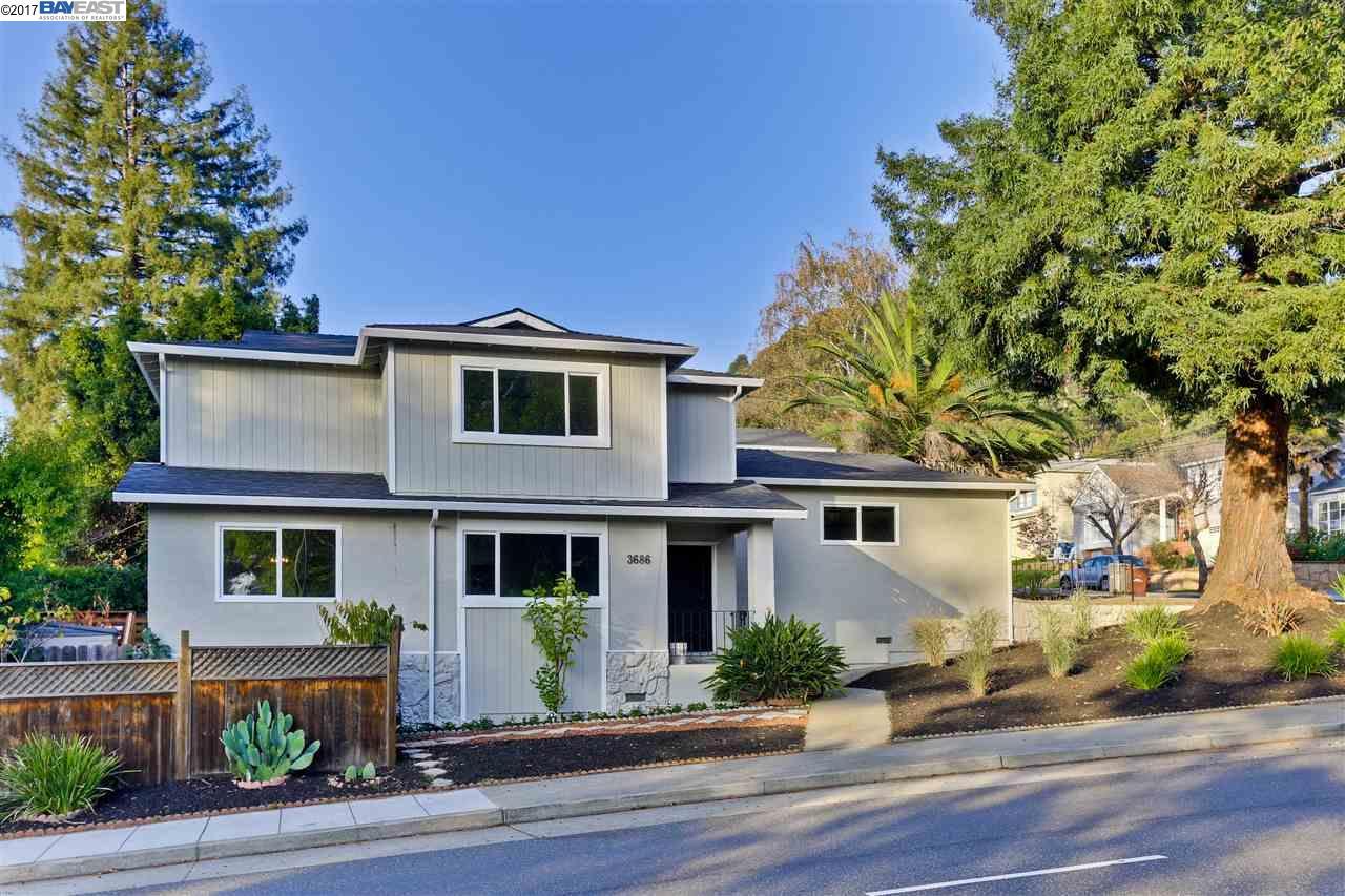獨棟家庭住宅 為 出售 在 3686 Redwood Road Oakland, 加利福尼亞州 94619 美國