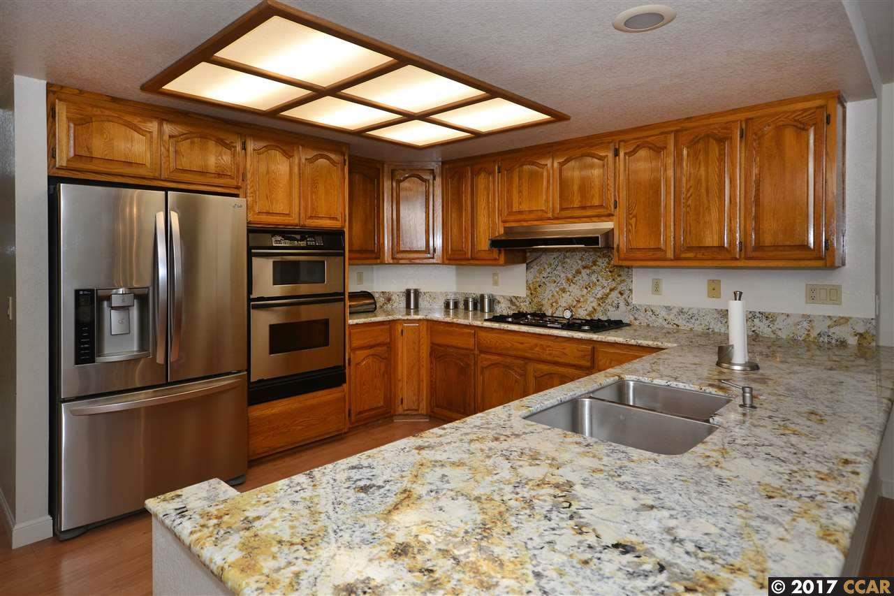 Additional photo for property listing at 2808 Appaloosa Court  Pinole, California 94564 United States