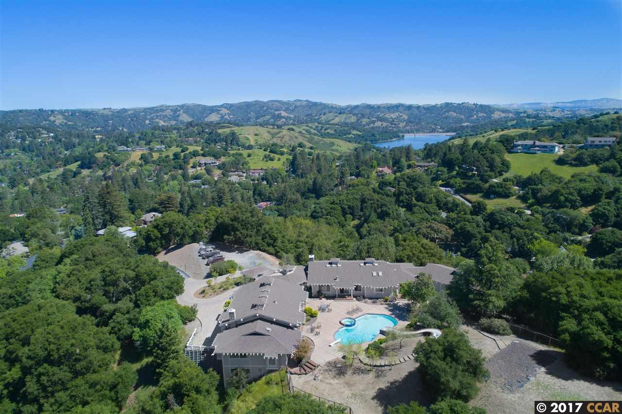 Additional photo for property listing at 25 Rustic Way 25 Rustic Way Orinda, California 94563 United States