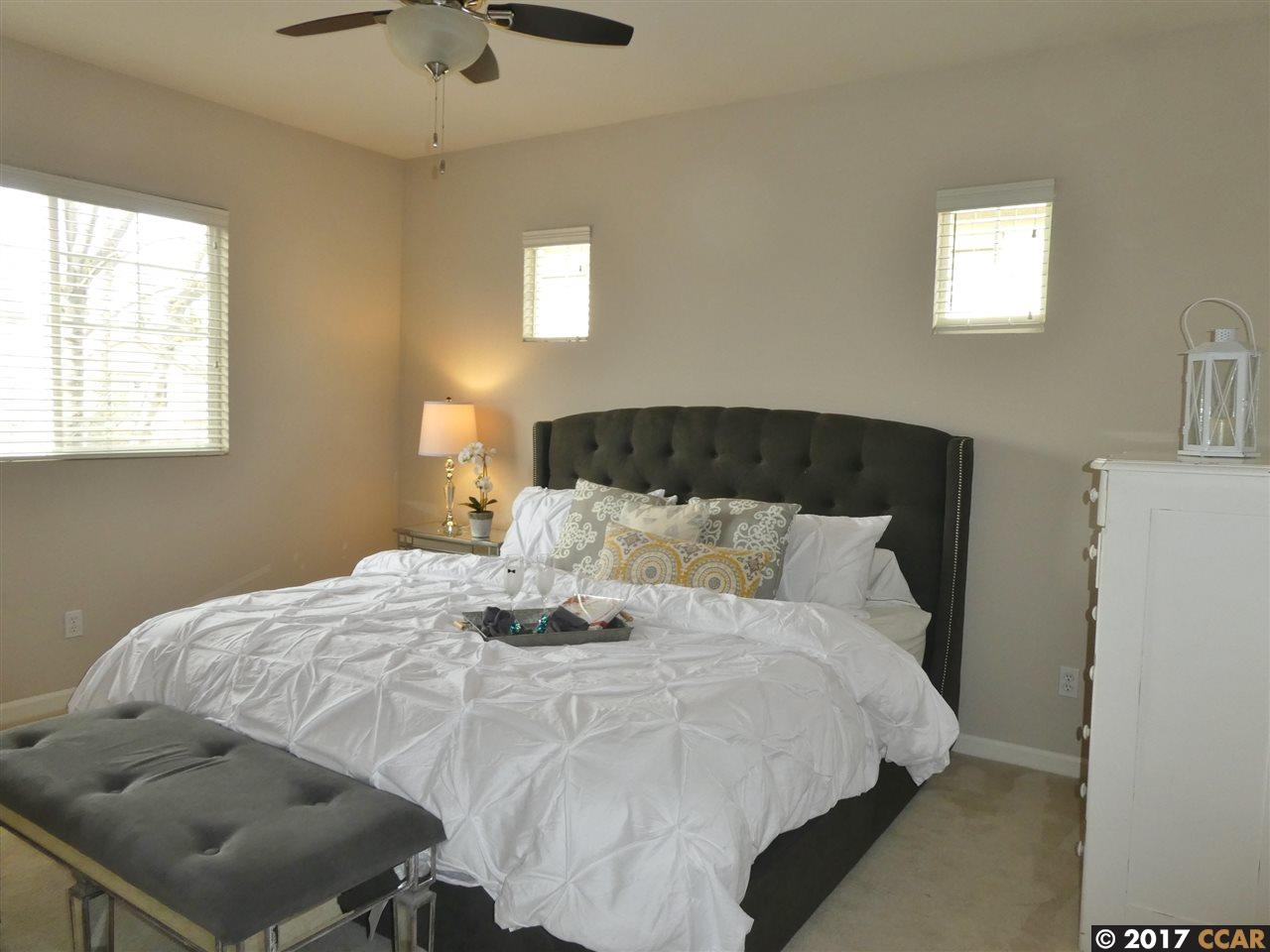 Additional photo for property listing at 77 Cleaveland Road  Pleasant Hill, Californie 94523 États-Unis