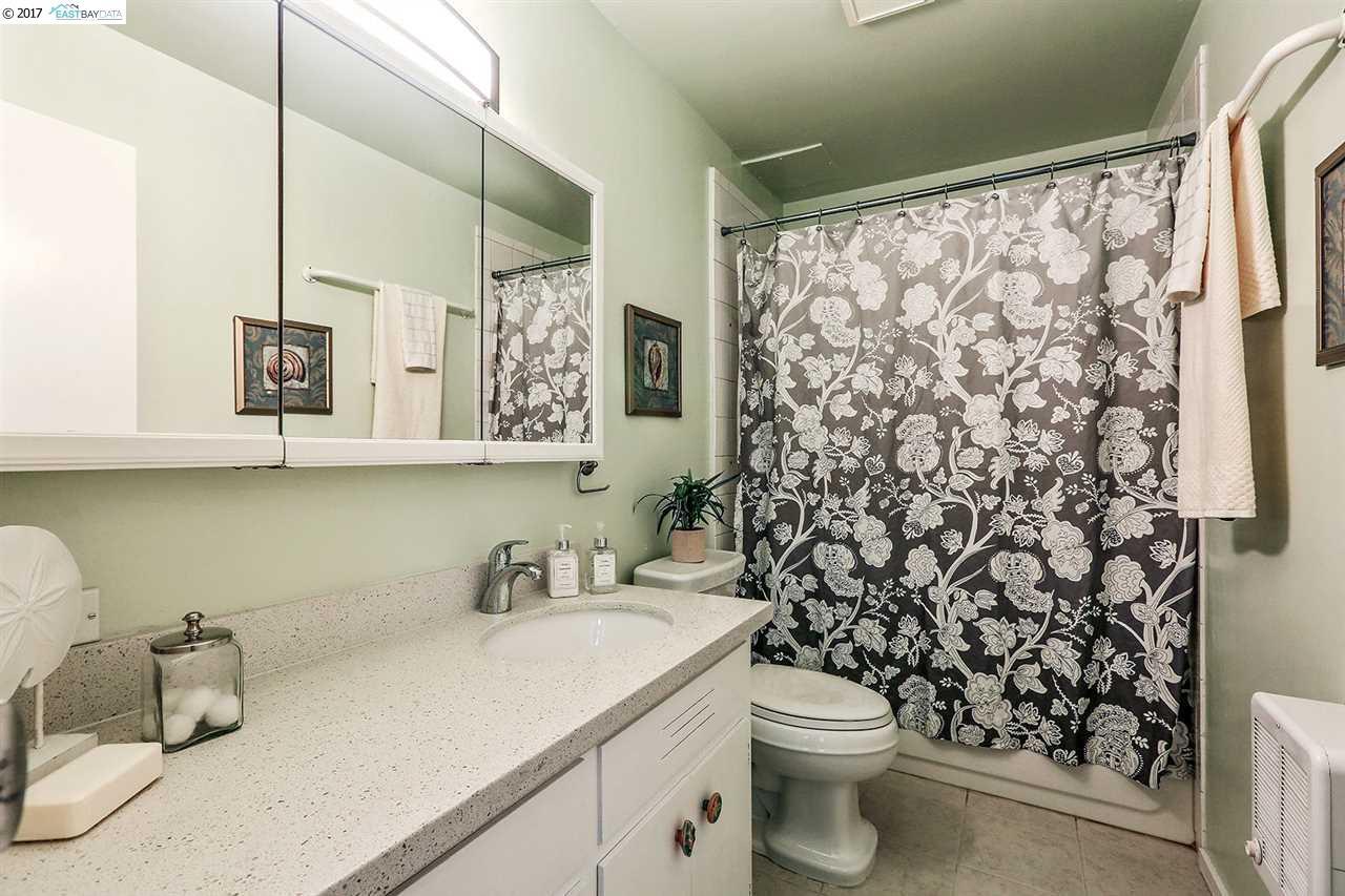 Additional photo for property listing at 666 Oakland Avenue  Oakland, Калифорния 94611 Соединенные Штаты