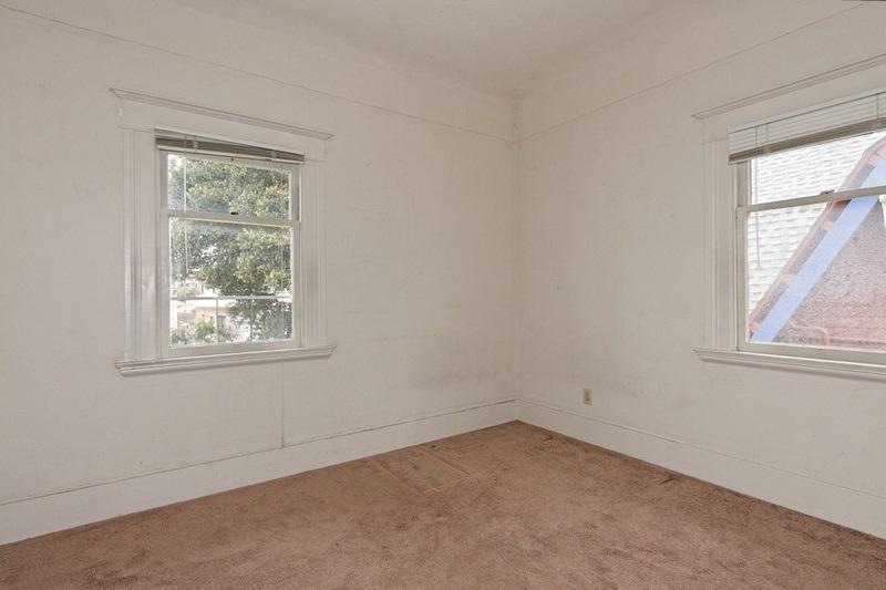 Additional photo for property listing at 2127 Park Blvd  Oakland, Kalifornien 94606 Vereinigte Staaten