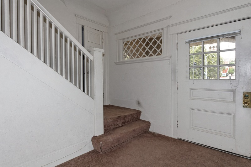 Additional photo for property listing at 2127 Park Blvd  Oakland, カリフォルニア 94606 アメリカ合衆国