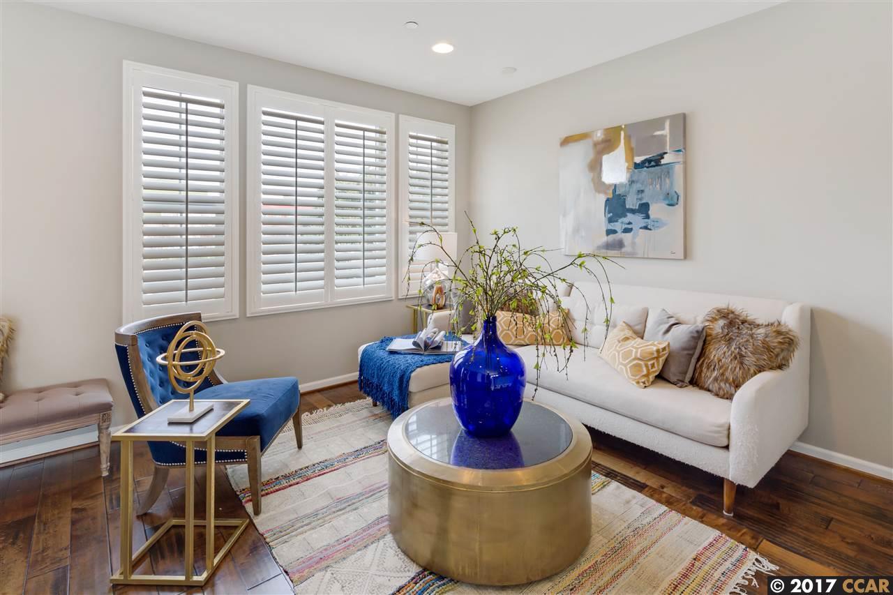 Additional photo for property listing at 132 Selby  Livermore, California 94551 Estados Unidos