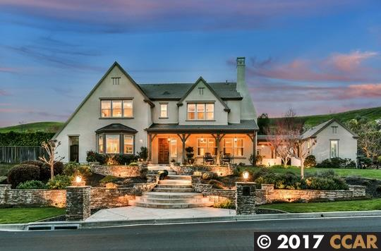 Частный односемейный дом для того Продажа на 4130 STONE VALLEY OAKS Drive Alamo, Калифорния 94507 Соединенные Штаты