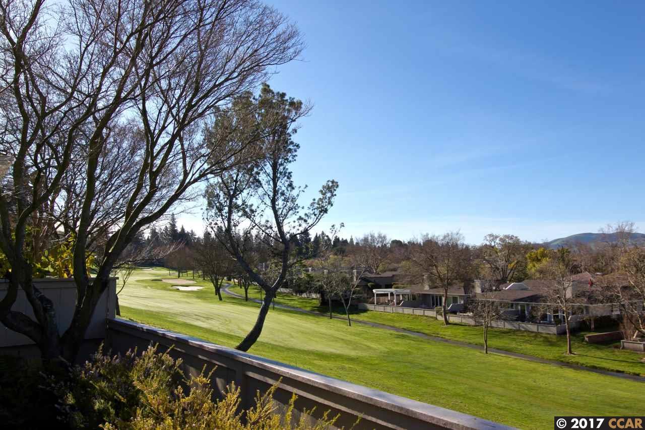 Частный односемейный дом для того Продажа на 533 Rolling Hills Lane Danville, Калифорния 94526 Соединенные Штаты