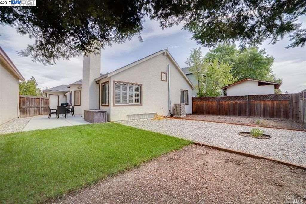 Additional photo for property listing at 1149 Buckthorn Lane 1149 Buckthorn Lane Fairfield, California 94533 Estados Unidos