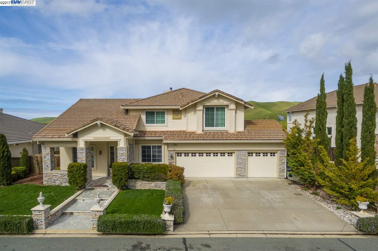 Single Family Home for Sale at 5210 Keller Ridge Drive Clayton, California 94517 United States