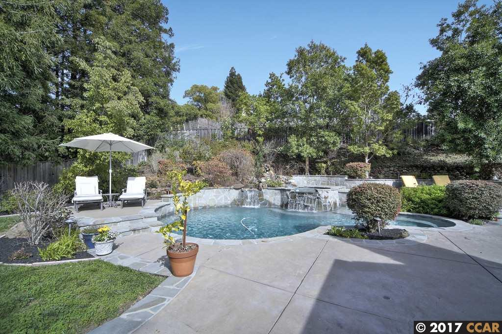Single Family Home for Sale at 1103 Country Club Drive Moraga, California 94556 United States