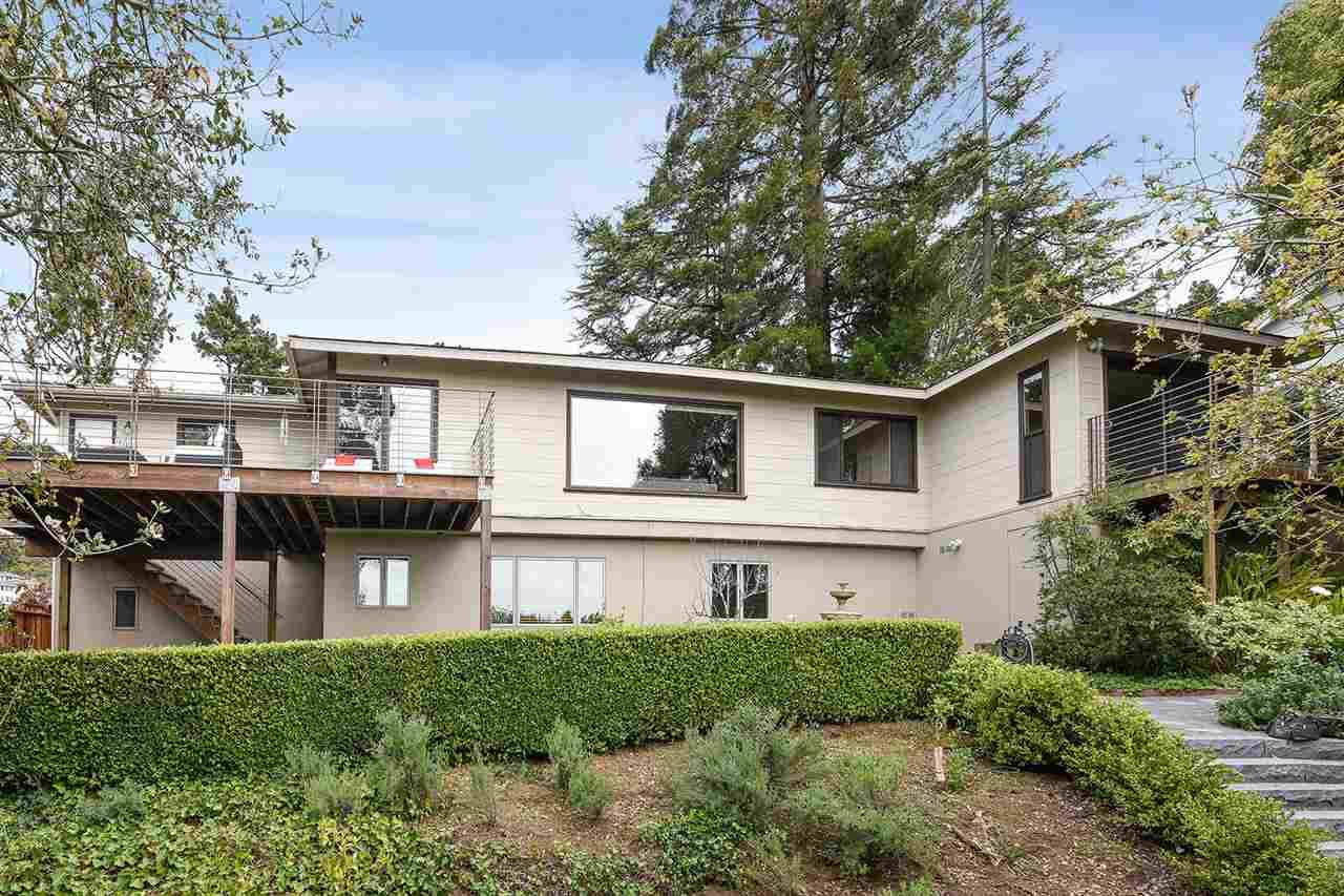 獨棟家庭住宅 為 出售 在 1411 ARLINGTON BLVD El Cerrito, 加利福尼亞州 94530 美國