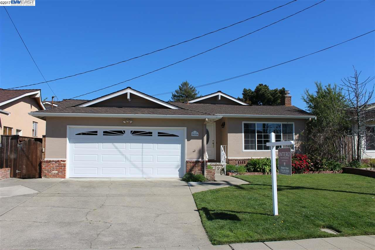 Single Family Home for Sale at 20254 Meadowlark Drive Castro Valley, California 94546 United States