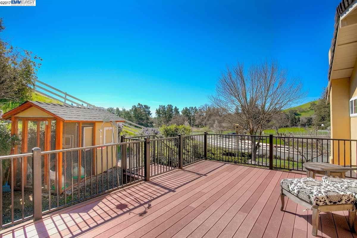 Additional photo for property listing at 5353 Old School Road  Danville, Californie 94588 États-Unis