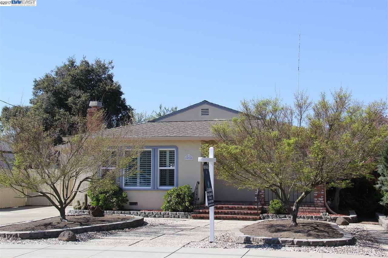 Single Family Home for Sale at 19785 Anita Avenue Castro Valley, California 94546 United States