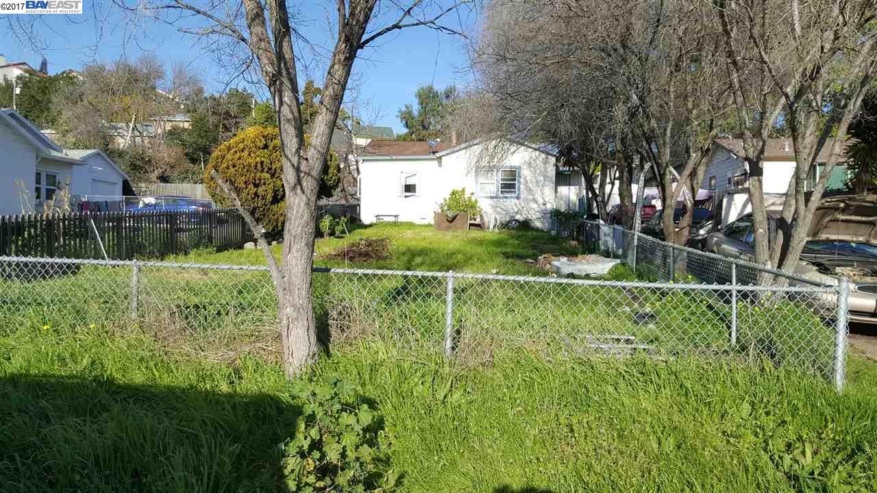 21484 Oak St, HAYWARD, CA 94546