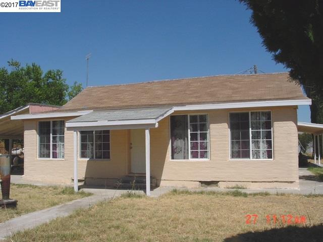 Single Family Home for Sale at 7251 Plainsburg Road Le Grand, California 95333 United States