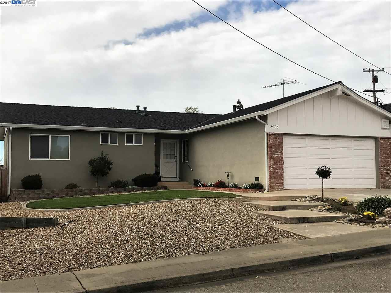 Single Family Home for Sale at 19235 Gliddon Street Castro Valley, California 94546 United States