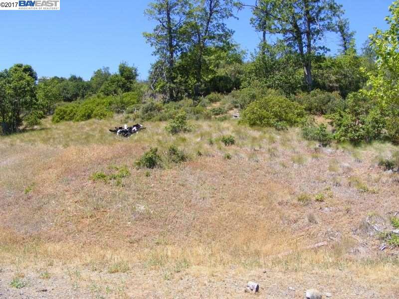 أراضي للـ Sale في 211 Leslie Lane 211 Leslie Lane Weaverville, California 96093 United States