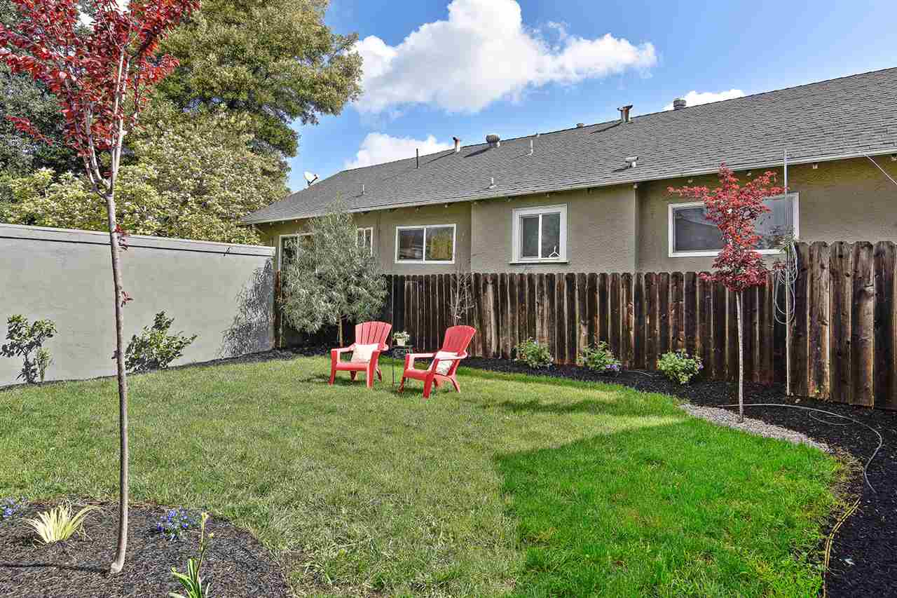 Additional photo for property listing at 2825 Dohr Street  Berkeley, California 94702 Estados Unidos