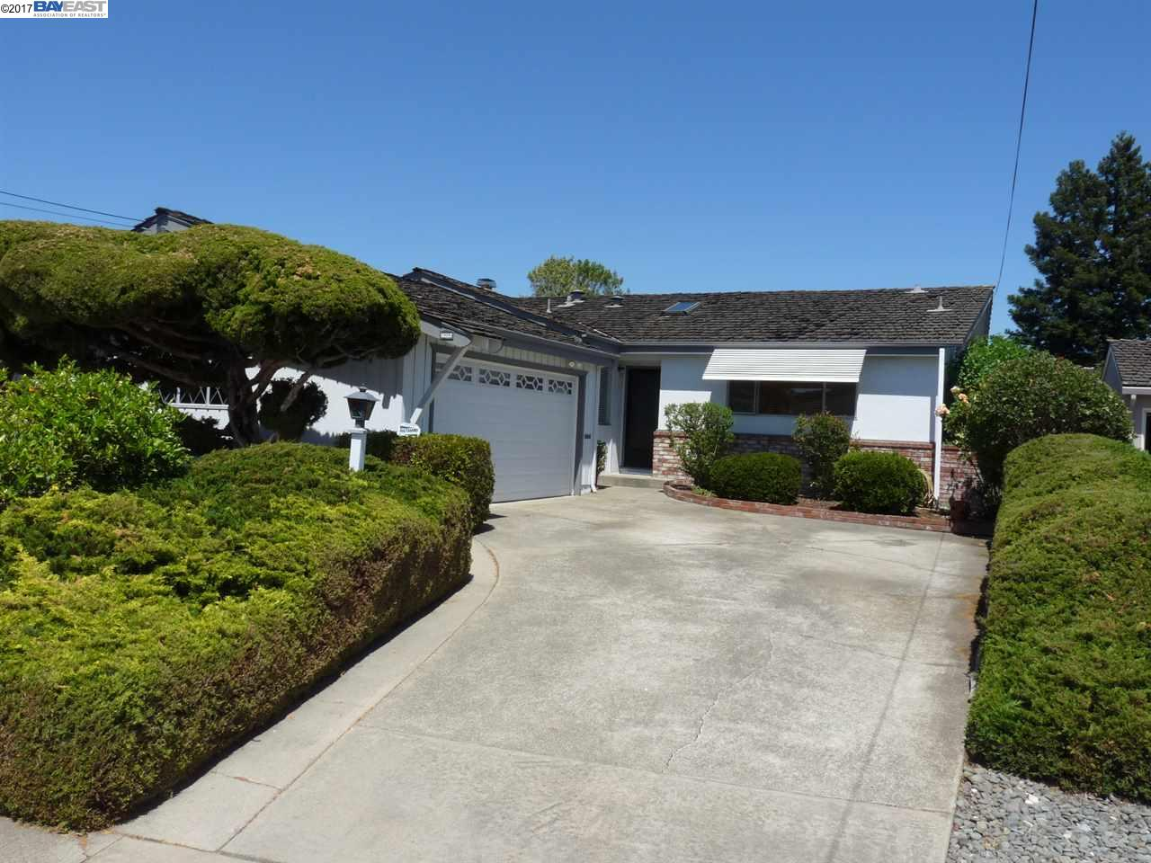 Single Family Home for Sale at 20086 Butterfield Drive Castro Valley, California 94546 United States