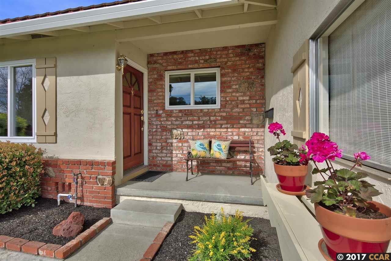Casa Unifamiliar por un Venta en 468 Diablo Way Martinez, California 94553 Estados Unidos