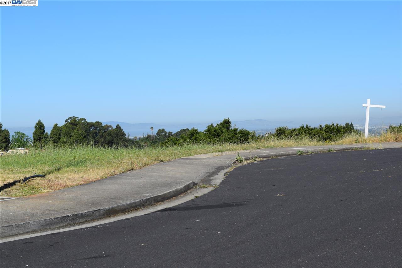 Additional photo for property listing at 2366 Rainbow Court  Hayward, Калифорния 94542 Соединенные Штаты