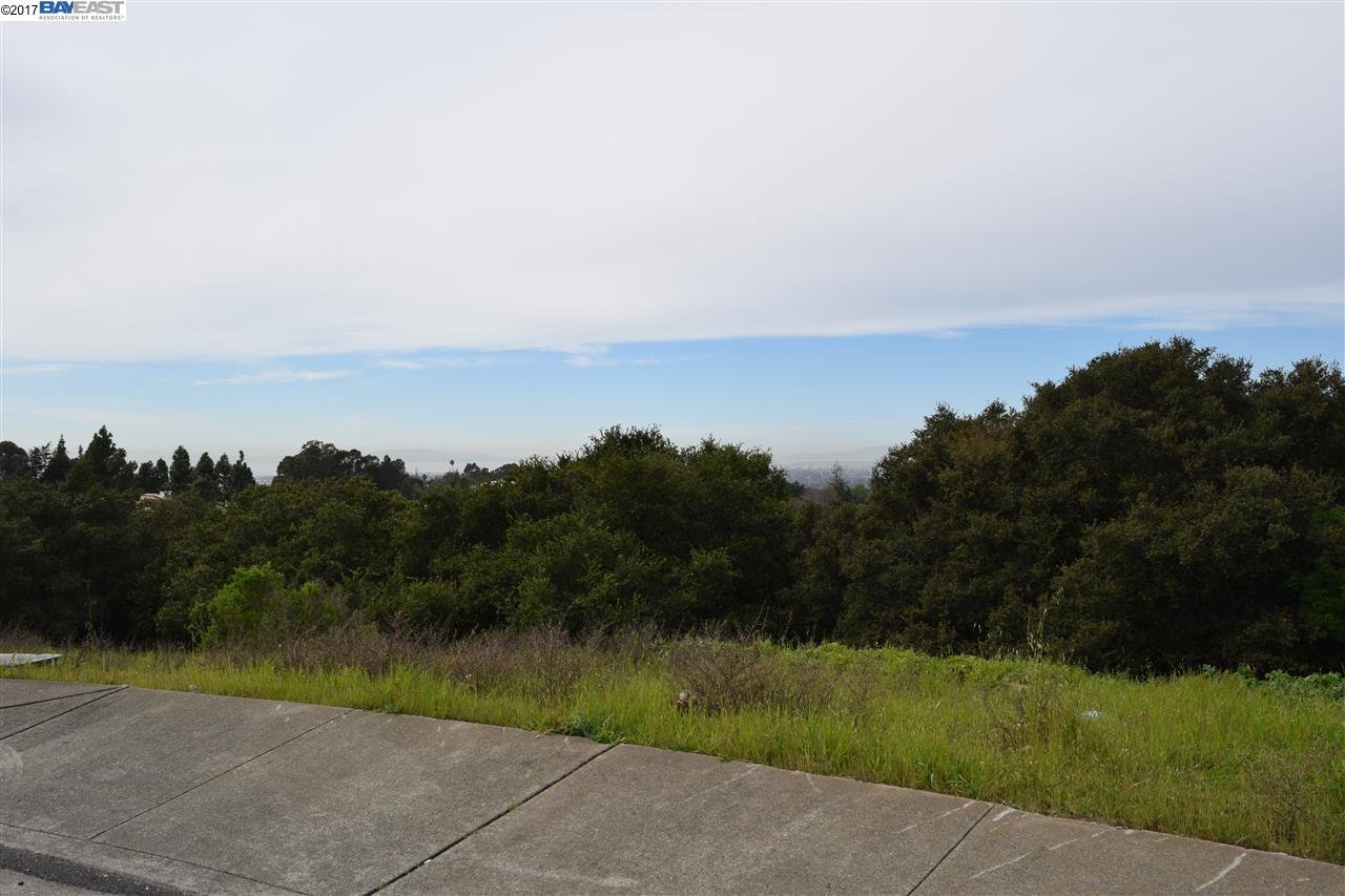 Additional photo for property listing at 2374 Rainbow Court  Hayward, Californie 94542 États-Unis