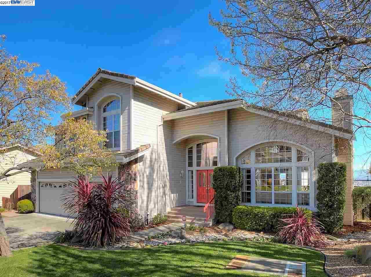 Maison unifamiliale pour l Vente à 11367 VILLAGE VIEW COURT Dublin, Californie 94568 États-Unis