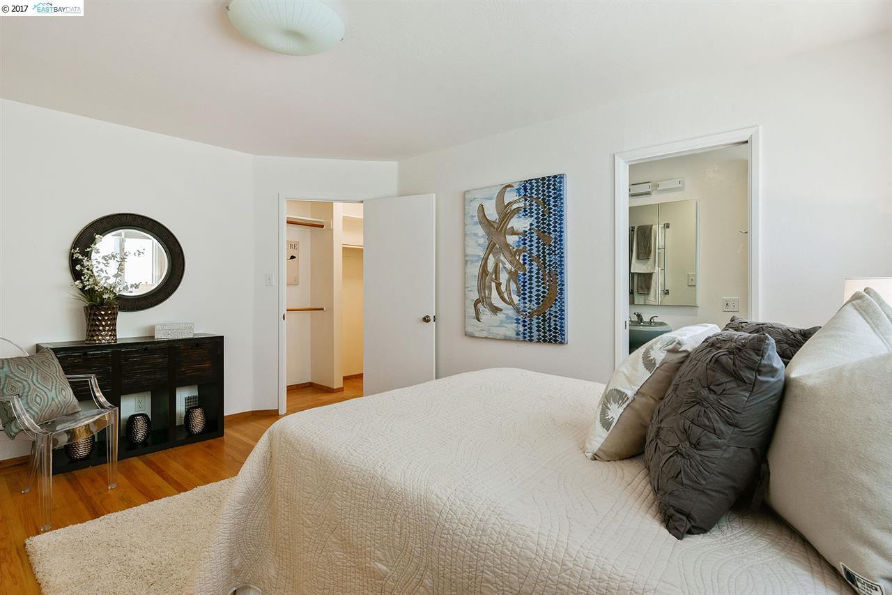 Additional photo for property listing at 6311 Girvin Drive  Oakland, Калифорния 94611 Соединенные Штаты