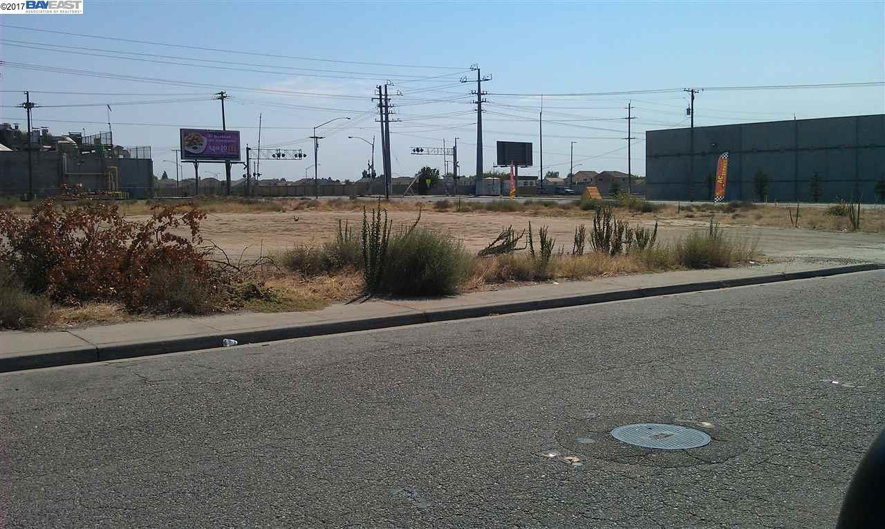Terrain pour l Vente à Whitmore Avenue Modesto, Californie 95358 États-Unis