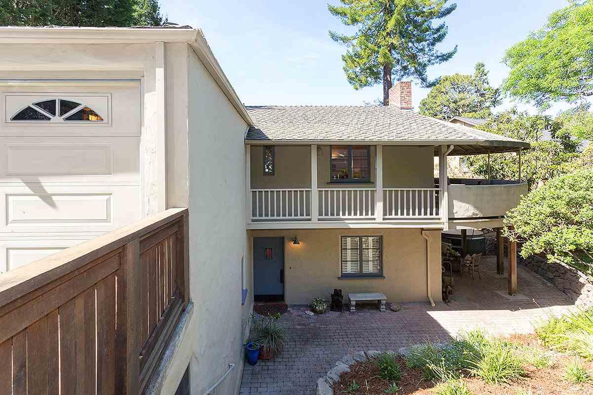 1190 STERLING AVENUE, BERKELEY, CA 94708