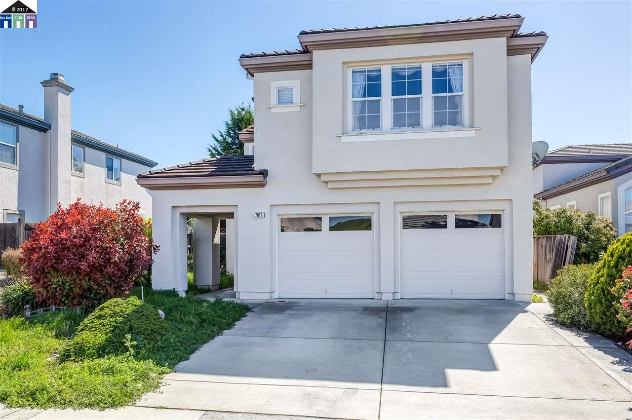 Single Family Home for Sale at 7943 Pineville Circle Castro Valley, California 94552 United States
