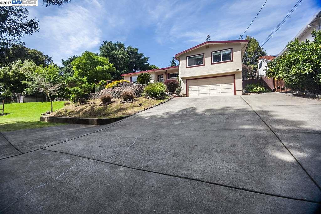 Single Family Home for Sale at 18631 Vineyard Road Castro Valley, California 94546 United States