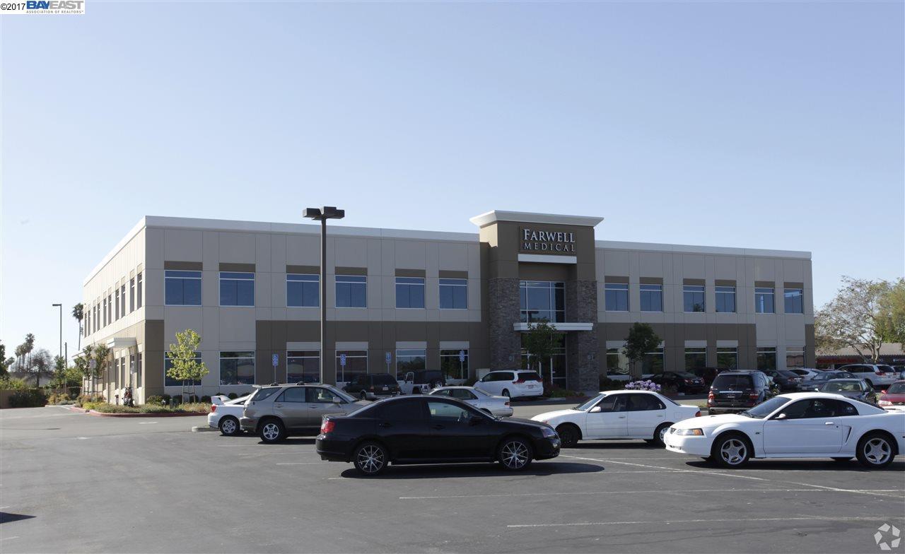 獨棟家庭住宅 為 出租 在 39180 Farwell Drive Fremont, 加利福尼亞州 94538 美國