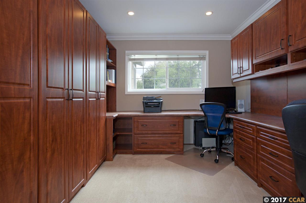 Additional photo for property listing at 94 Pioneer Court  San Ramon, Kalifornien 94583 Vereinigte Staaten