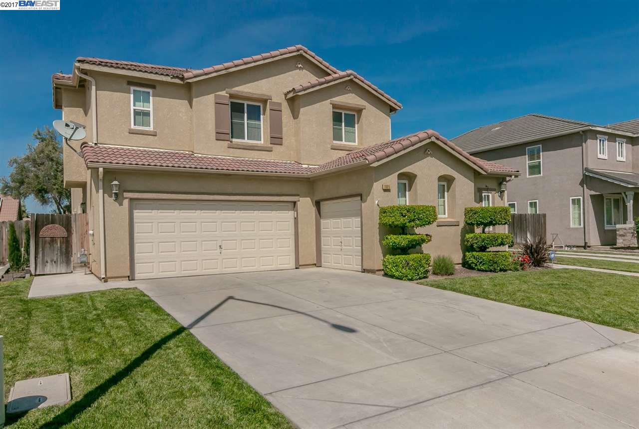 Casa Unifamiliar por un Venta en 1605 Via Italiano Gustine, California 95322 Estados Unidos
