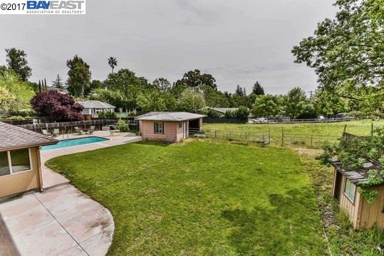 Additional photo for property listing at 279 Smith Road  Alamo, California 94507 United States
