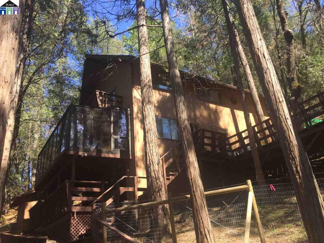 Single Family Home for Sale at 17141 Smokey River Drive Sonora, California 95370 United States