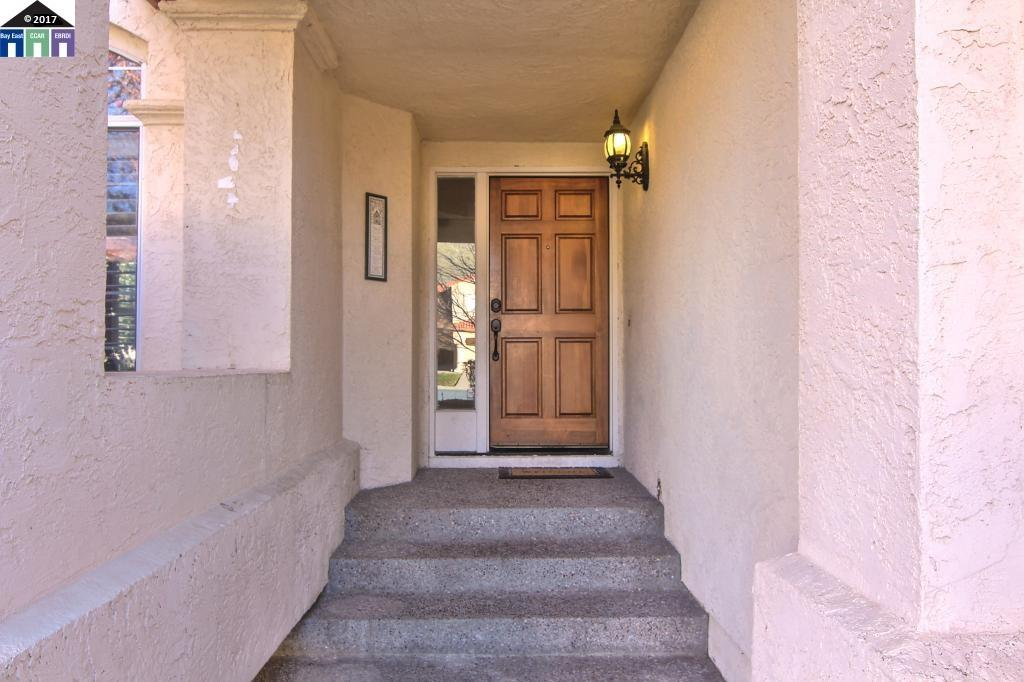 Additional photo for property listing at 52 La Honda Court  Clayton, California 94517 Estados Unidos