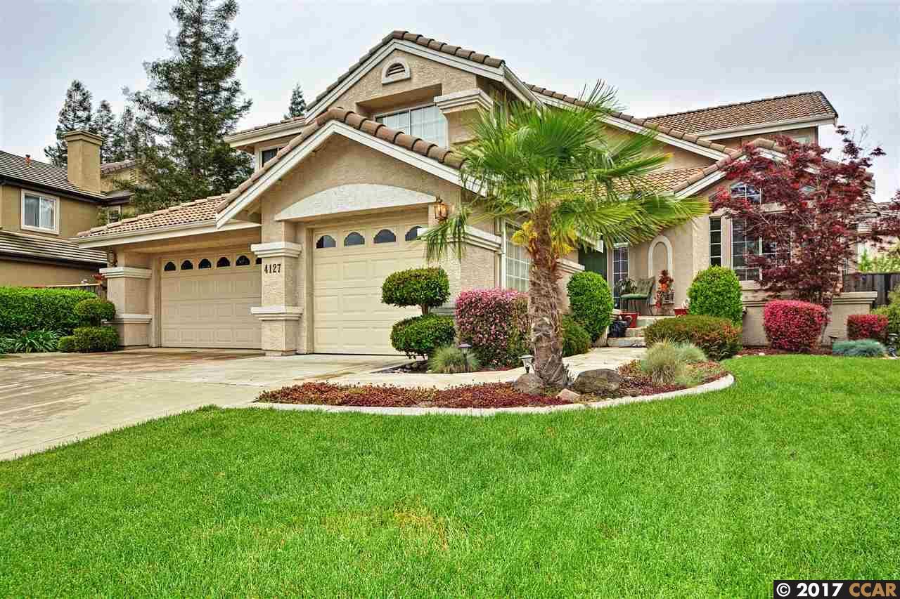 Einfamilienhaus für Verkauf beim 4127 Pebble Beach Drive Stockton, Kalifornien 95219 Vereinigte Staaten