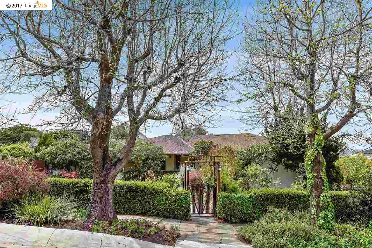 Einfamilienhaus für Verkauf beim 200 Trinity Avenue Kensington, Kalifornien 94708 Vereinigte Staaten