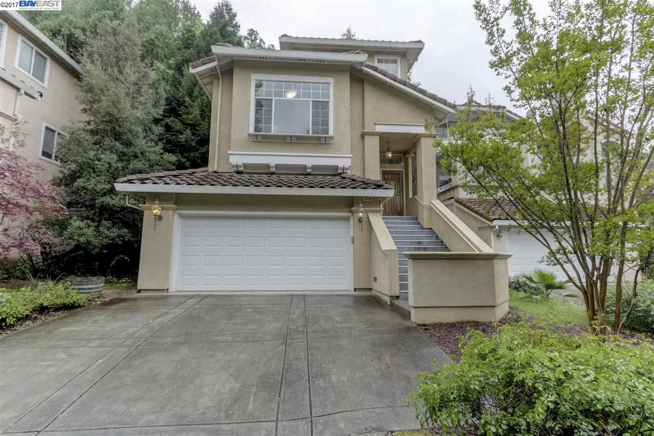 Single Family Home for Sale at 20450 Crow Creek Road Castro Valley, California 94552 United States