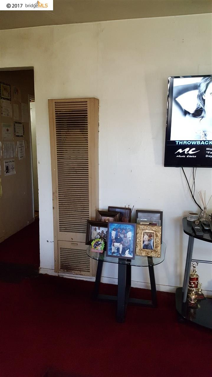 Additional photo for property listing at 252 S 46th Street  Richmond, California 94804 United States